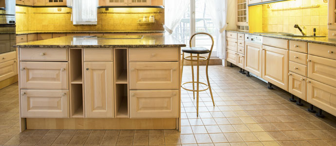 Flooring What Kind Of Tile Should I Install In My Kitchen - Should i remodel my kitchen